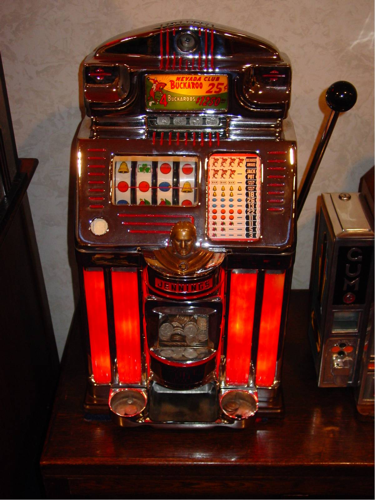 slot machine antique